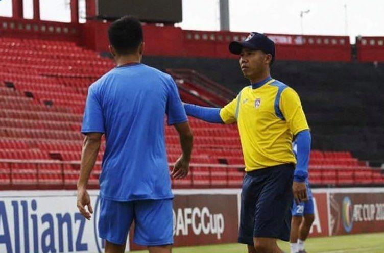 CLB Than Qu U1ea3ng Ninh Lao U0111ao Tr U01b0 U1edbc Th U1ec1m V League 2021